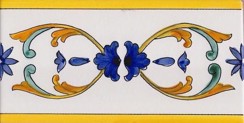Piastrelle vietresi e mattonelle in ceramica di vietri decorata
